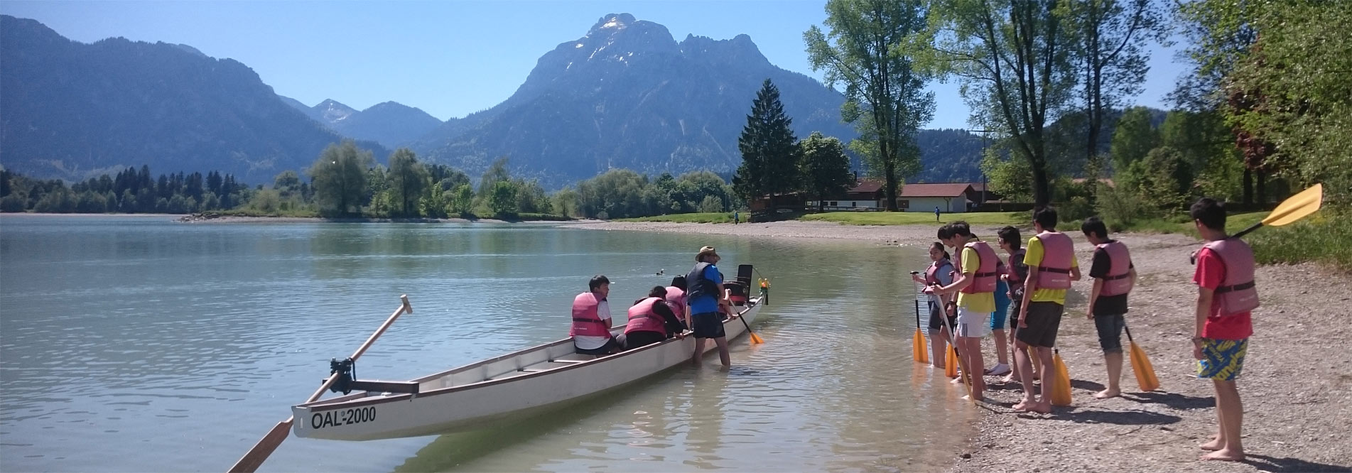 Sports activities: The Allgäu region and the Bavarian Alps offer a wide range of options for sports and leisure activities for our students.